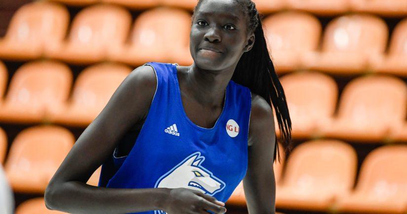 Suomen maajoukkuepelaajalle Awak Kuierille povataan merkittävää uraa WNBA-liigassa