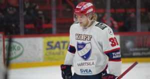 Mika Myllylän poika debytoi jääkiekon SM-liigassa – Ilves hurjassa liidossa