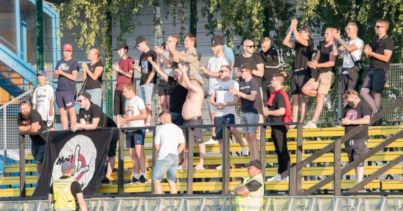 FC Lahden kannattajia Espoossa heinäkuussa 2021 (Kuva AOP)