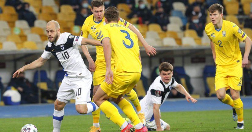 Teemu Pukki teki Suomen tasoitusmaalin 1-1 päättyneessä MM-karsintaottelussa Ukrainaa vastaan