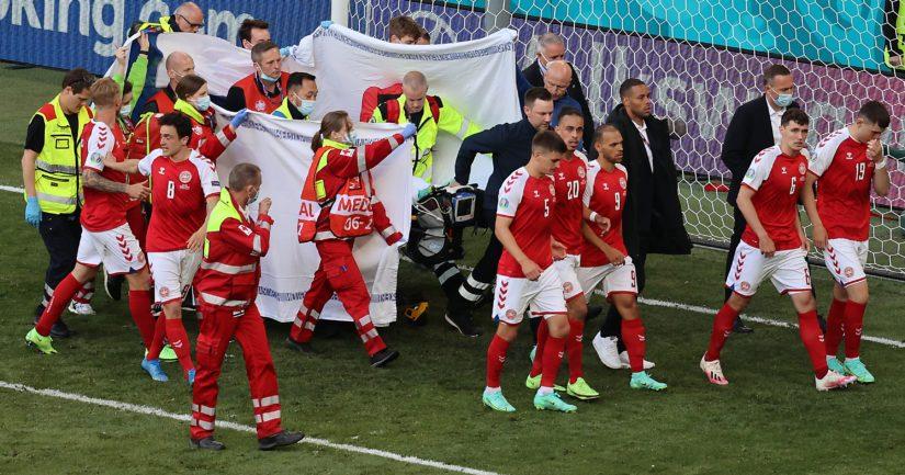 Tanskan joukkueessa tunnelma oli järkyttynyt Christian Eriksenin vakavan sairauskohtauksen jälkeen