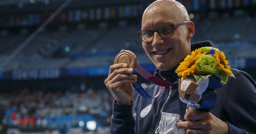Matti Mattsson voitti Tokion olympialaisissa 200 metrin rintauinnin pronssia (Kuva AOP)