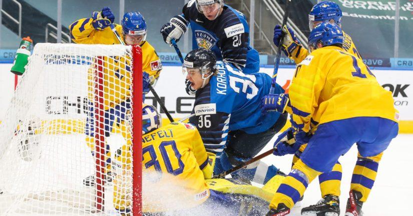 Suomi voitti Ruotsin nuorten MM-kisojen puolivälieräottelussa 3-2