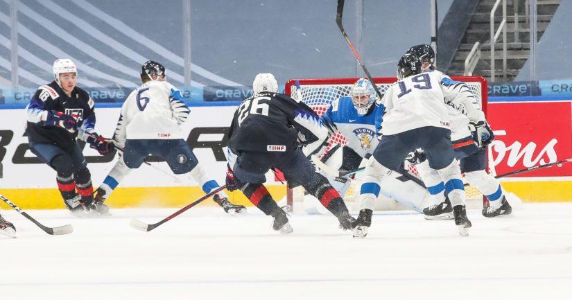 Yhdysvallat voitti Nuoret Leijonat MM-välieräottelussa Edmontonissa 4-3