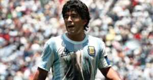 Diego Maradonan muistokirjoituksissa myös tahatonta komiikkaa