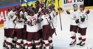 Latvia aloitti MM-jääkiekon jymypaukulla – Kanada nurin