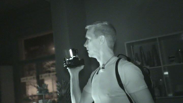 Infrapunakameroiden avulla haamujengi voi työskennellä myös täysin pimeässä.