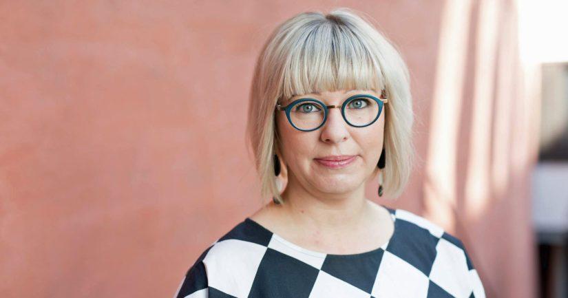 – Aktiivimallin leikkuri ja velvoitteet puretaan 1.1.2020, sosiaali- ja terveysministeri Aino-Kaisa Pekonen sanoo.