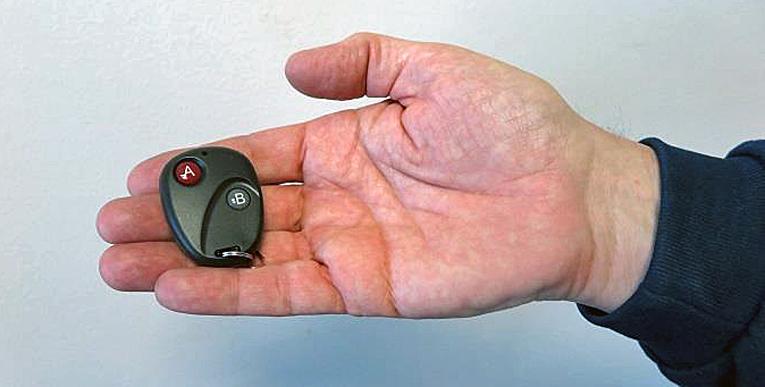 Laitteella kuljettajalla saa kytkettyä digipiirturin tallentamaan lepoa myös ajon aikana.