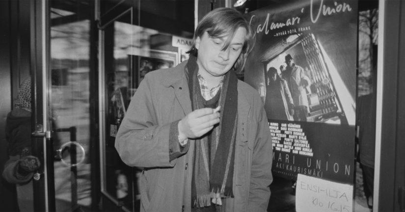 Aki Kaurismäki Calamari Unionin ensi-illan aikoihin vuonna 1985.