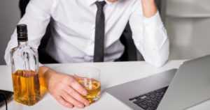 Runsas alkoholinkäyttö rassaa kunnan työntekijän työkykyä
