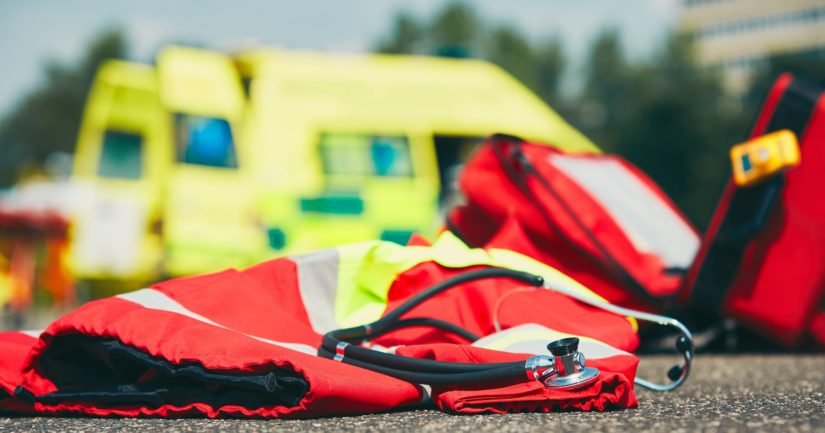 Moottoripyörän kuljettaja menehtyi onnettomuuspaikalla.