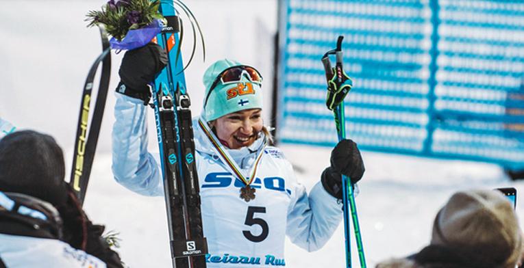 Anita Korva hiihti tasaisessa sprinttifinaalissa upeasti pronssille.