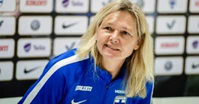 Naisten maajoukkueella haasteita – kaksi tärkeintä pelaajaa sivussa MM-karsintojen huipennuksesta