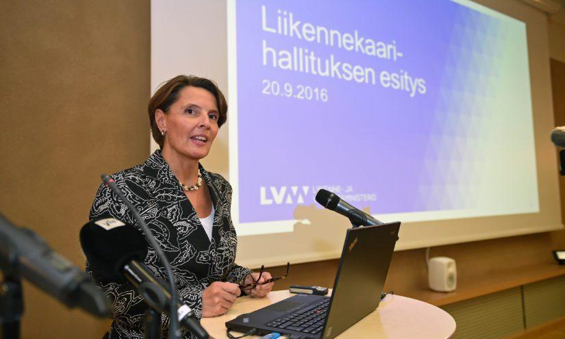 Jos liikenneministeri Anne Bernerin liikenneverkkoyhtiö perustetaan, se on jälleen uusi yhtiö Sipilän hallituksen omistajaohjaukseen.