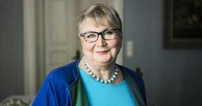 Anneli Kanto palkittiin Viisi villiä Virtasta -kirjoistaan – tänä keväänä jo sarjan kymmenes osa