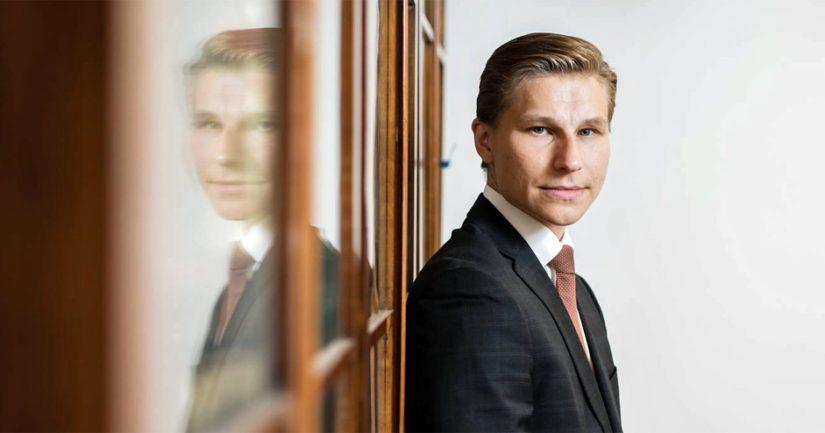 – Eduskunnan käsittelyssä on jo esitys, jossa säädettäisiin lapsiin kohdistuvien seksuaalirikosten rangaistusten ankaroittamisesta, toteaa oikeusministeri Antti Häkkänen.