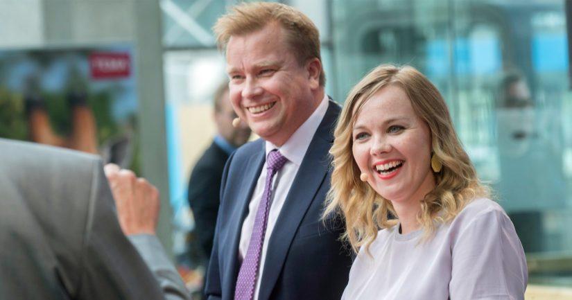 Antti Kaikkosen ja Katri Kulmunin kisa puolueen puheenjohtajuudesta päättyi Kulmunin voittoon.