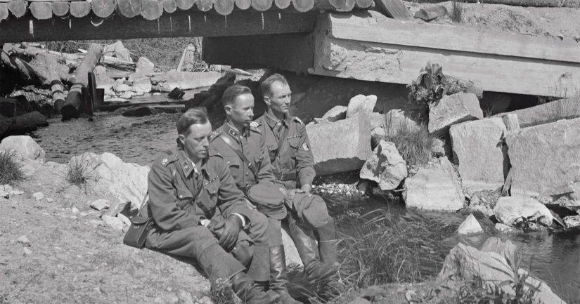 Pastori Antti Rantamaa, vänrikki Simo Häyhä sekä kersantti Lassi Rytkönen muistelevat taisteluja Kollaan sillan katveessa 27.6.1942.