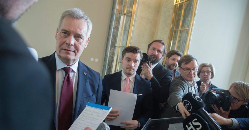 Antti Rinteen johtaman hallituksen puolueiden ministeriryhmät viimeistelevät parhaillaan valtiosihteerien tehtäväjakoja.