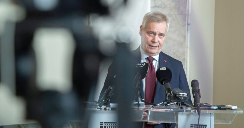 Hallitusneuvotteluiden vetäjä Antti Rinne ilmoitti, että Suomeen perustetaan 18 maakuntaa sote-mallissa.
