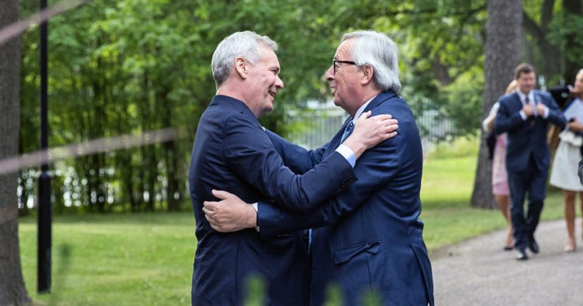 Pääministeri Antti Rinne ja komission puheenjohtaja Jean-Claude Juncker Kesärannassa.