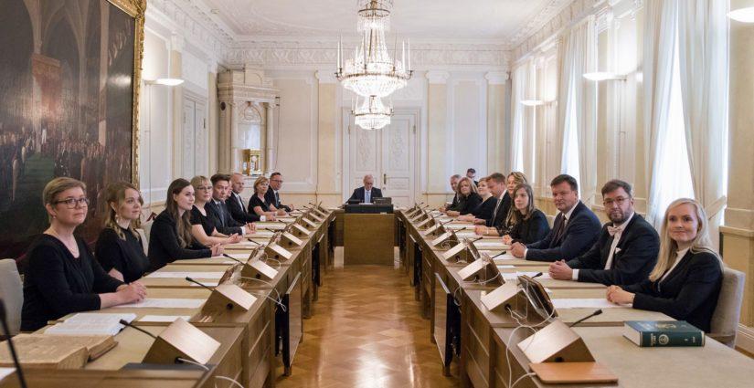 Uudessa hallituksessa on kaikkiaan 19 ministeriä.