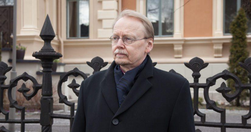 """Arkkipiispa Kari Mäkinen – """"Kirkon rooli on vahvistaa ...  Arkkipiispa Kar..."""
