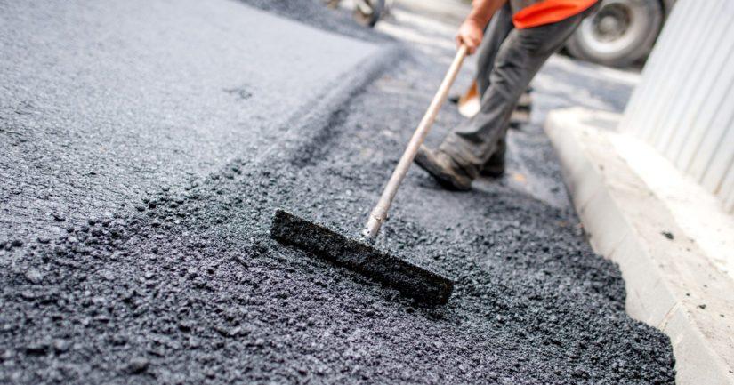 Suomeen tulee Irlannista kesäisin ryhmiä, jotka myyvät pääasiassa omakotiasukkaille asfaltointeja ja pihatöitä.