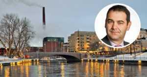 Poliisi tutkii demaripomon toimien laillisuutta – Tampereella junaillaan erikoisia tonttikauppoja