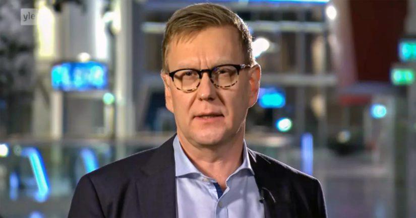 Päätoimittaja Atte Jääskeläinen sai moitteet Julkisen sanan neuvostolta sekä täyslaidallisen entisiltä alaisiltaan.