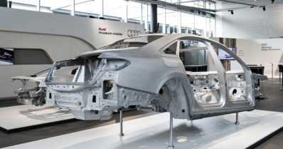 Uuden Audi A8:n korissa on entistä enemmän hightechiä