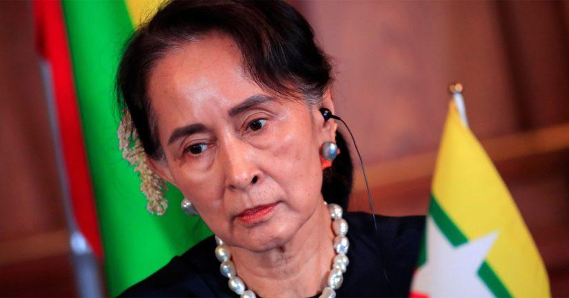 Valtionkansleri Aung San Suu Kyille myönnettiin vuonna 1991 Nobelin rauhanpalkinto, mutta hänen nykyistä toimintaansa on kritisoitu.