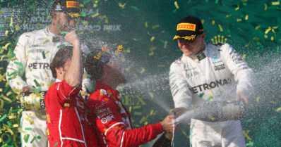 Vettel voitti F1-avauskisan vakuuttavasti – Valtteri Bottas heti palkintopallille uudessa tallissa!