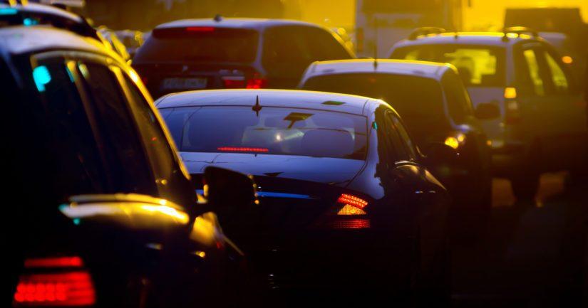 Katalysaattoreita anastetaan usein vanhemmista ajoneuvoista.