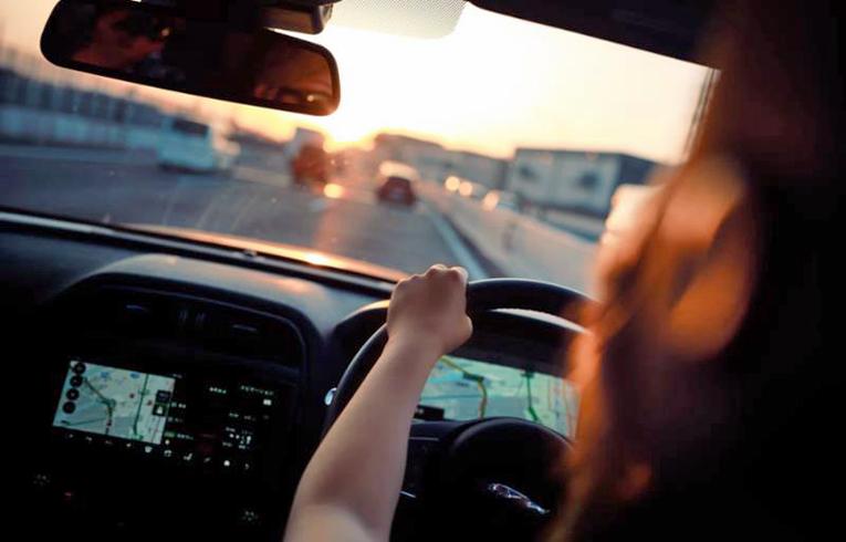 Nuoremmat, usein alle 23-vuotiaat kuljettajat sekä iäkkäämmät, tavallisesti yli 70-vuotiaat kuljettajat ovat autovuokraamon silmissä riskialttiimpia.