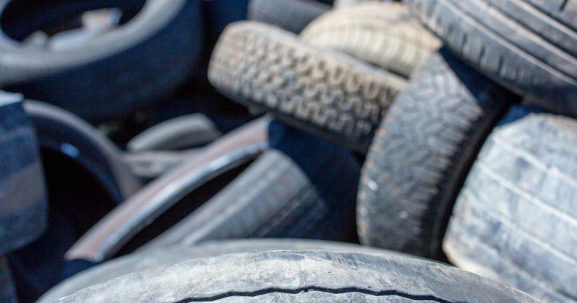 Lain mukaan Suomessa myytävistä renkaista 95 prosenttia pitää kyetä käyttämään hyödyksi.