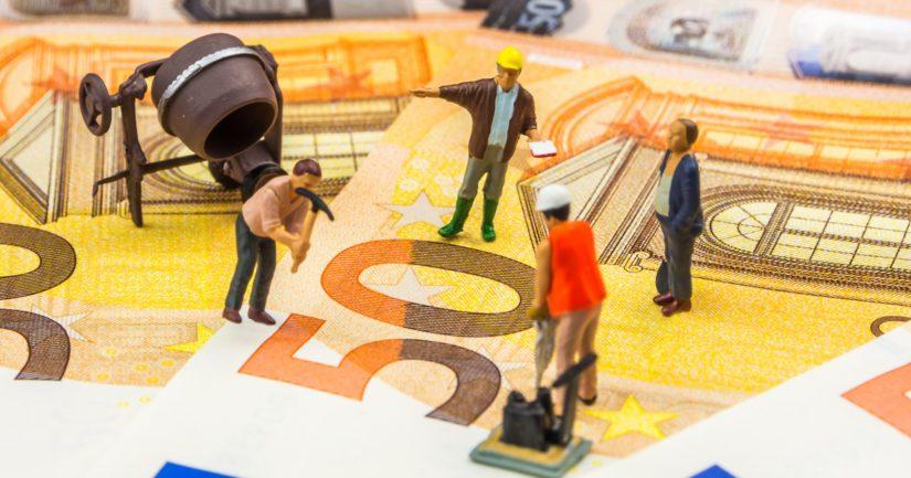 Ammattiliittojen vuorokauden mittaisen poliittisen lakon taloudelliset menetykset ovat teollisuudelle mittavat.