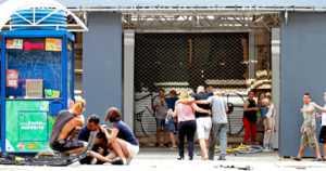Barcelonan terrori-iskun pääepäilty sai surmansa – poliisi ampui räjähdevyömiehen