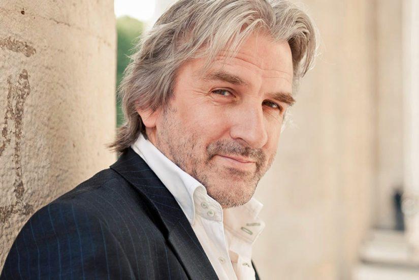 Pianisti Barry Douglas konsertoi kesällä Naantalissa.