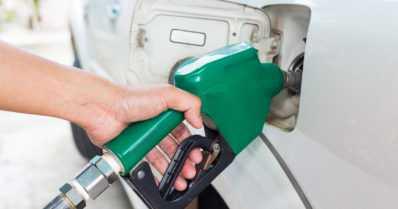 Katso kuinka paljon bensa kallistuu vuoden alussa!