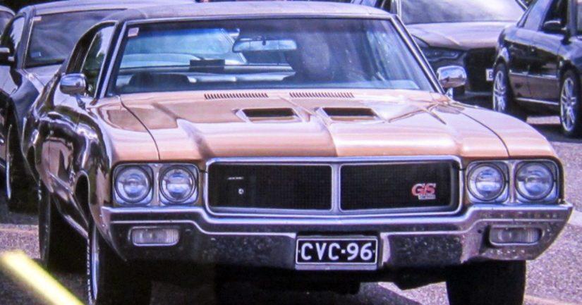 Varastettu auto Buick Skylark vuosimallia -70.