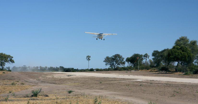 Suomalaiset olivat nousseet Cessna-pienkoneeseen Buffalo Rangen lentokentältä Zimbabwessa.