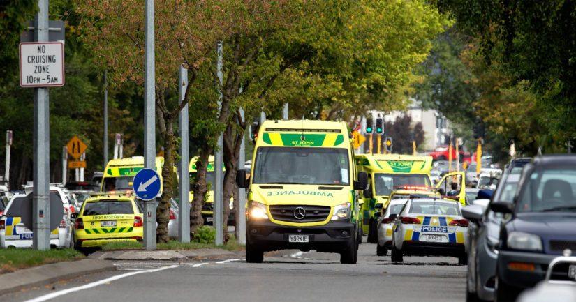 Pääministeri Jacinda Ardern on vahvistanut kymmenien kuolleen ja haavoittuneen tulituksessa.