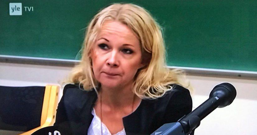Tutkinnajohtaja Crista Granroth kertoi, että tapahtuneen perusteella on syytä uskoa miehen valikoineen uhreikseen nimenomaan naisia.