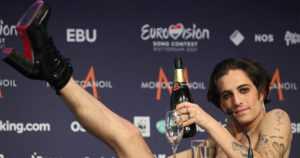 Rock kukisti balladit Euroviisuissa – Suomen edustaja Blind Channel nousi yleisöäänillä kuudenneksi