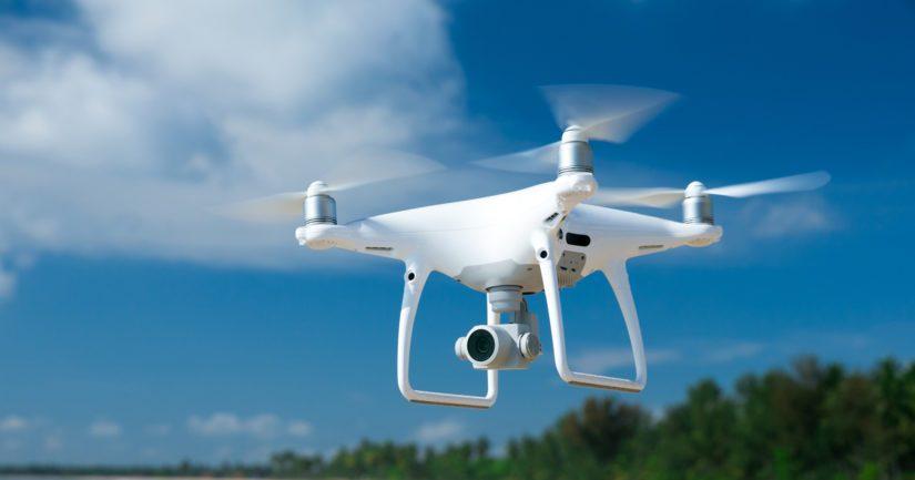 Huoleton dronen lennättäminen voi tulla harrastajalle kalliiksi.