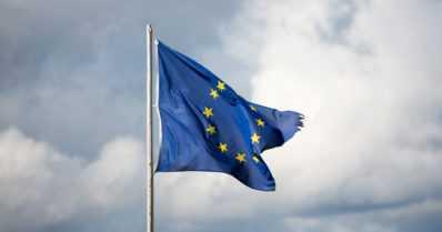 Parannuksia passintarkastuksiin EU:n ulkorajoilla – tietojärjestelmällä pyritään estämään laitonta maahanmuuttoa
