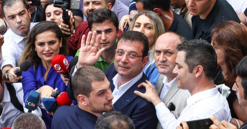 Istanbulin pormestarinvaalit voittaneen Ekrem Imamoğlun kampanjaviesti oli positiivinen.