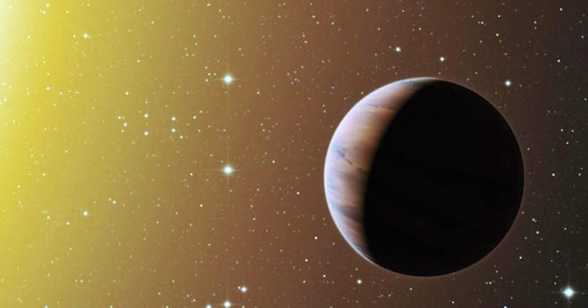 """Suomelle nimettäväksi annettu planeetta HAT-P-38b on kuvituskuvan planeetan kaltainen niin sanottu """"kuuma jupiter"""", hyvin lähellä tähteään kiertävä kaasuplaneetta."""